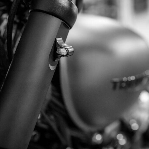 wunderkind fork tube covers for triumph bobber