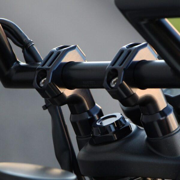 Triumph Bobber Handlebar Risers